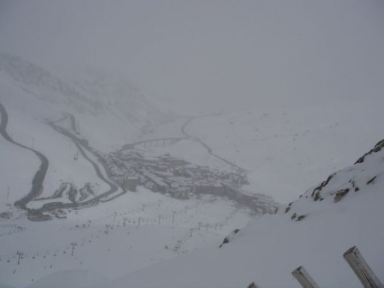 Looking down on a snowy cloudy Pas 23/03