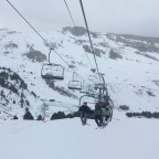 Hanging around as the snow starts to fall in Grandvalira Grau Roig