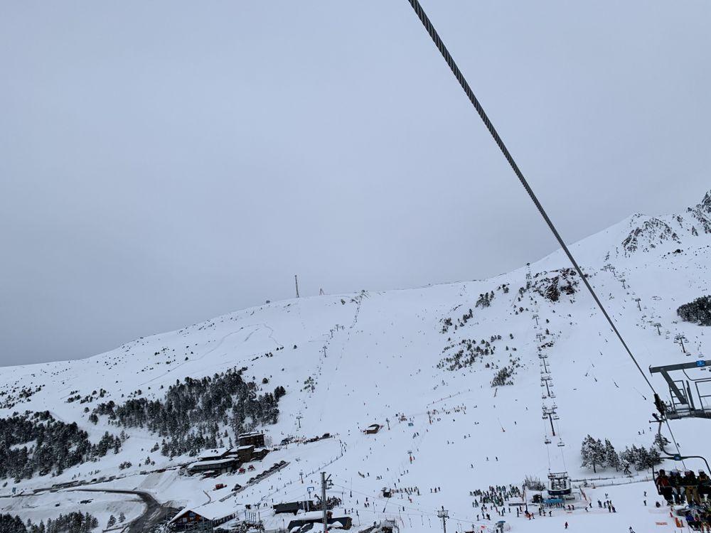 Grau Roig from TSD6 Coma blanca chairlift