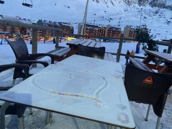 Fresh snow at Olimpiades restaurant