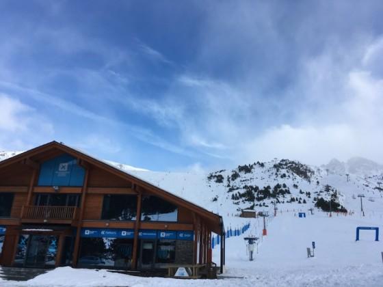 The ski school of Grau Roig hasn't opened yet