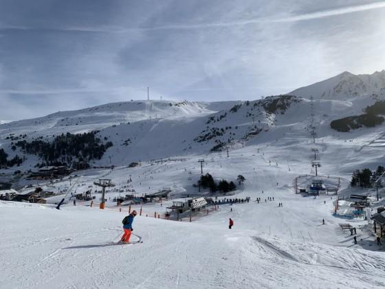 Heading into Grau Roig valley