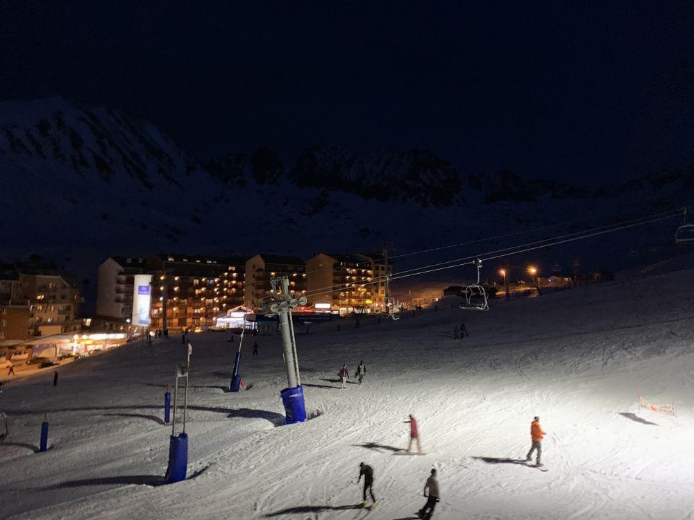Night skiing in Pas de la Casa